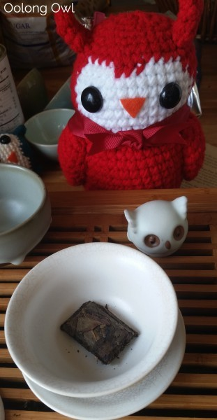 2013 Da Hong Pao Blocks - bana tea company - oolong owl (4)