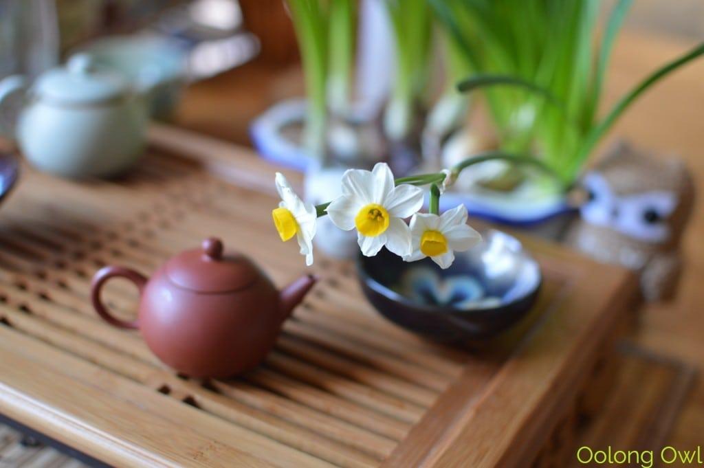Sunday Tea hoots 13 - tea table flowers (7)