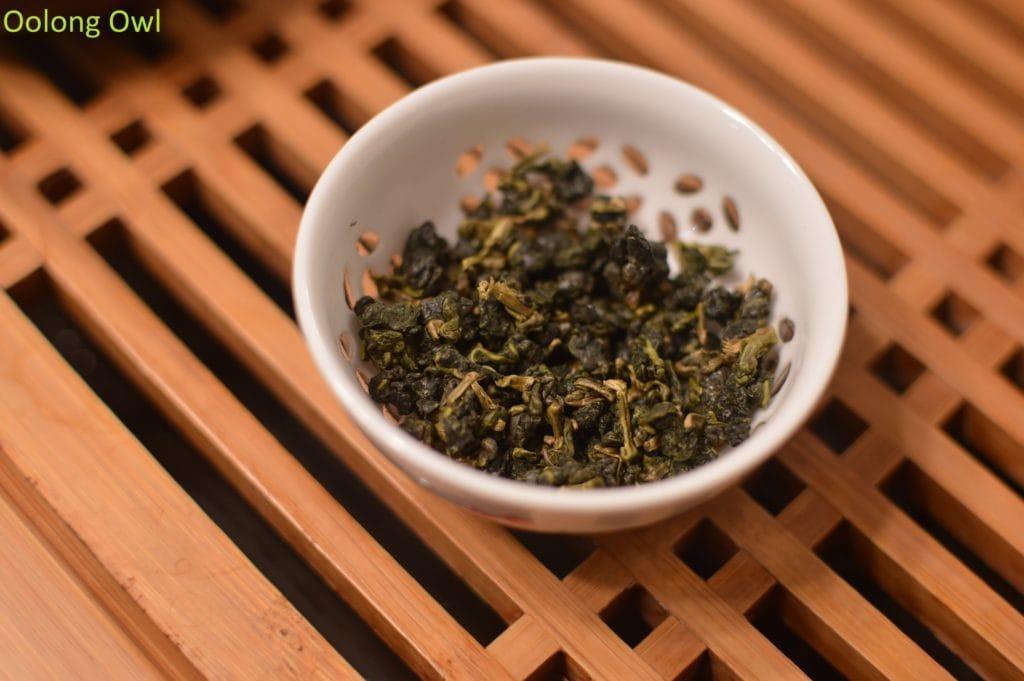artist-lin-oolong-stone-leaf-teahouse-oolong-owl-2