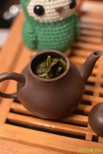 artist-lin-oolong-stone-leaf-teahouse-oolong-owl-5