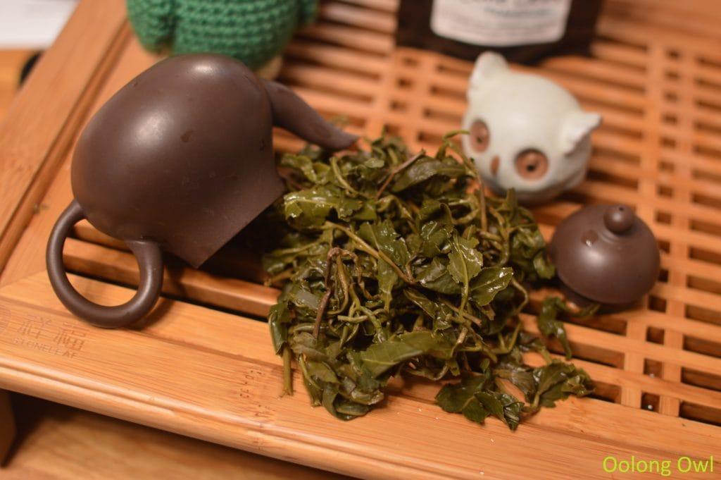 artist-lin-oolong-stone-leaf-teahouse-oolong-owl-8