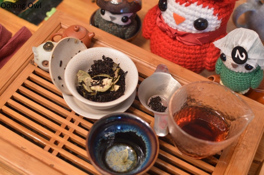 october-2016-white2tea-club-oolong-owl-4