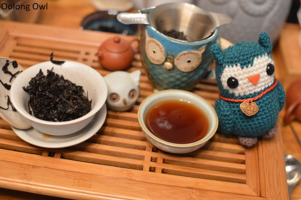 december-2016-white2tea-club-oolong-owl-4
