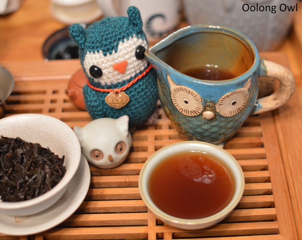 december-2016-white2tea-club-oolong-owl-5