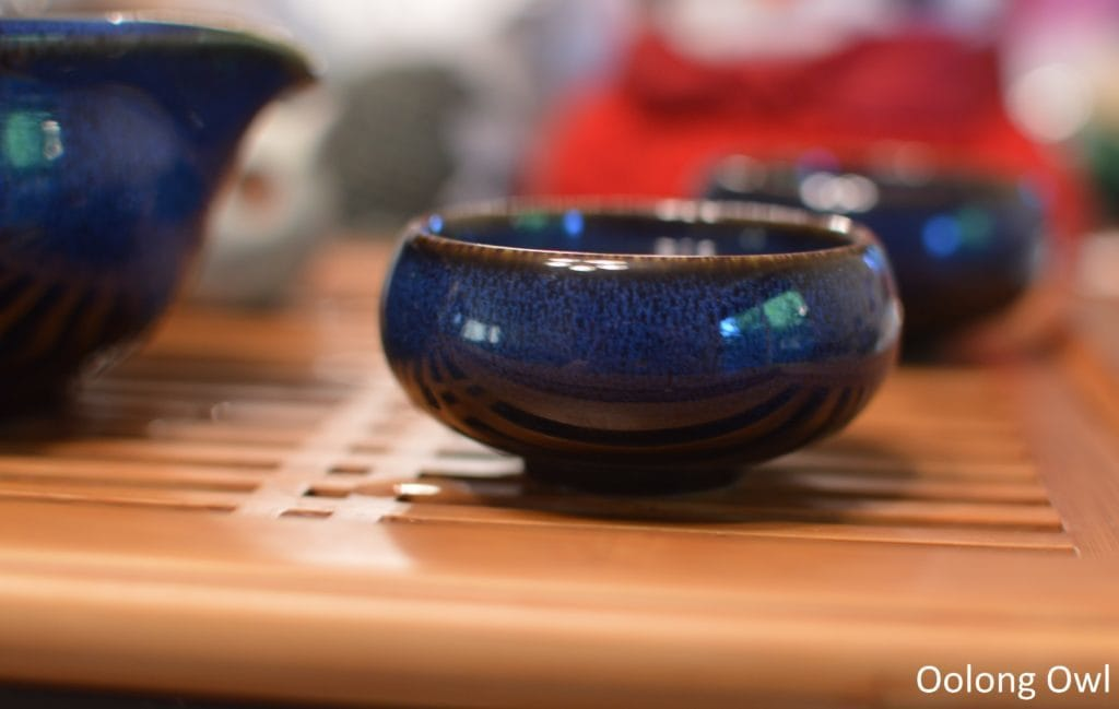 going-gongfu-set-the-tea-spot-oolong-owl-11