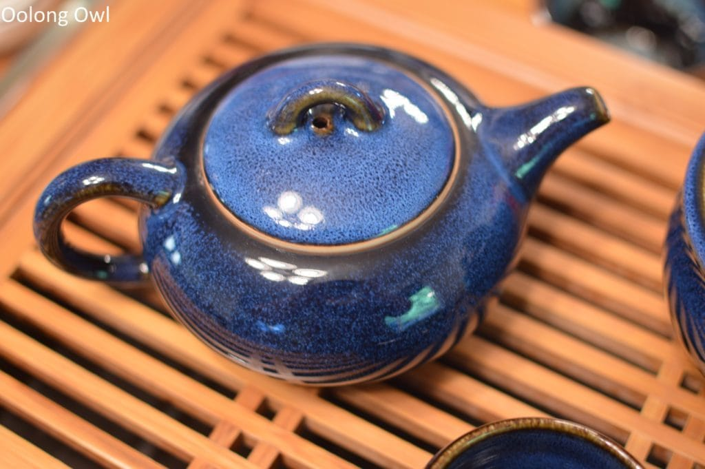 going-gongfu-set-the-tea-spot-oolong-owl-5