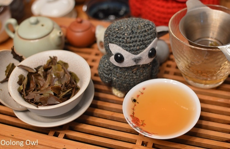 Red Peony - Floating Leaves Tea - Oolong owl (8)