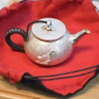 Silver teapot - Oolong Owl (1)