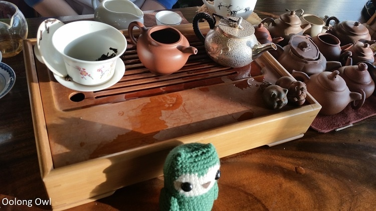 Silver teapot - Oolong Owl (2)
