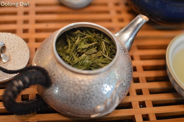Silver teapot - Oolong Owl (3)