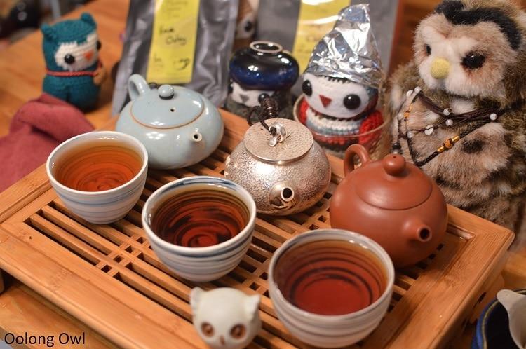 Silver teapot - Oolong Owl (5)