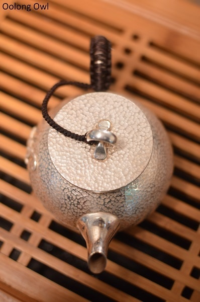 Silver teapot - Oolong Owl (6)