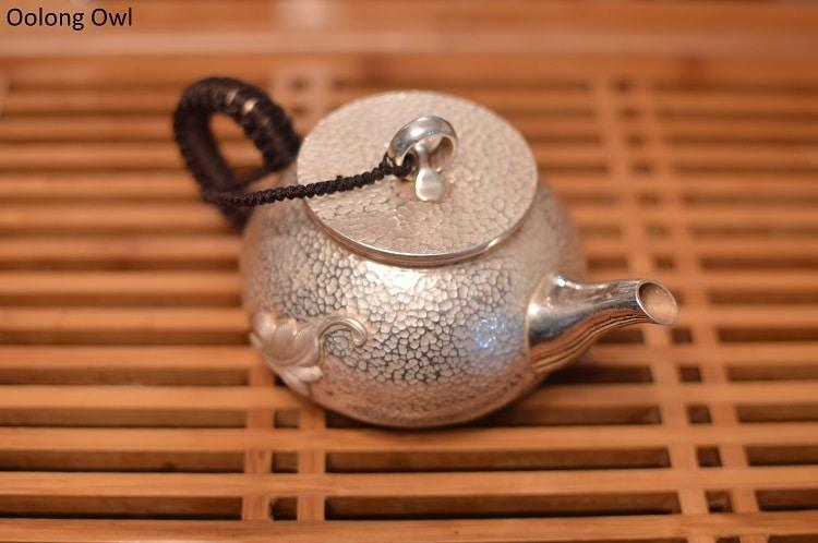 Silver teapot - Oolong Owl (9)