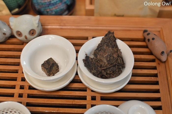 march 2017 white2tea club heicha qingbing oolong owl (5)