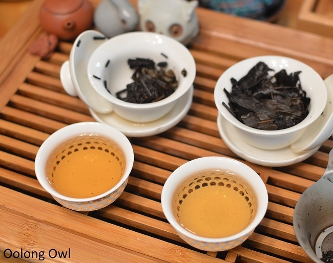 march 2017 white2tea club heicha qingbing oolong owl (9)