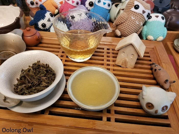 Shang tea white puer cake - Oolong Owl (5)