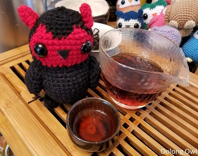 Thats no moon Crimson Lotus Tea - Oolong Owl (11)
