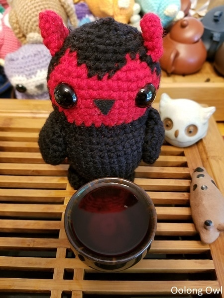Thats no moon Crimson Lotus Tea - Oolong Owl (8)