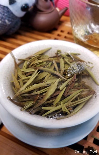 2017 spring silver needle floating leaves tea - oolong owl (8)