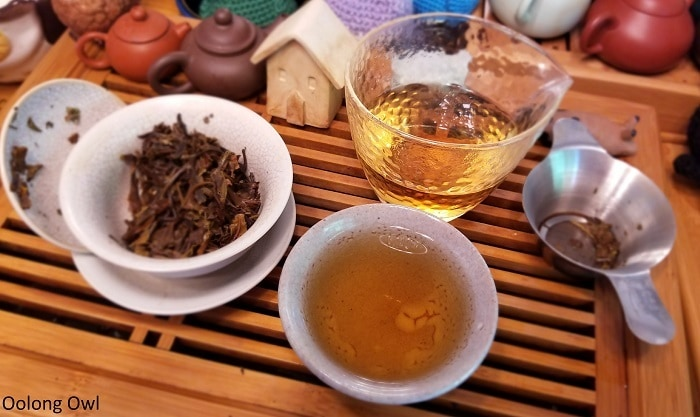 white2tea nightlife - oolong owl (5)