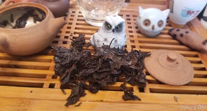2012 shou mei white tea teavivre - oolong owl (10)